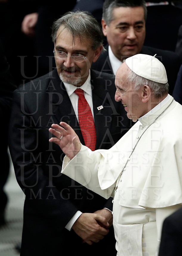 Papa Francesco saluta Francesco Rocca, Presidente della Croce Rossa italiana e della Federazione Internazionale della Croce Rossa e della Mezza Luna Ross al termine di un'udienza speciale iin aula Paolo VI in Vaticano, 27 gennaio 2018.<br /> Pope Francis greets the President of the International Federation of Red Cross and Red Crescent Societies (IFRC) Francesco Rocca at the end of a special audience granted to Italian Red Cross members in Paul VI Hall at the Vatican, on January 27, 2018.<br /> UPDATE IMAGES PRESS/Isabella Bonotto<br /> <br /> STRICTLY ONLY FOR EDITORIAL USE