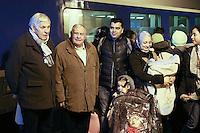 MICHEL BILSKI, JULIEN LAUPRETRE (PRESIDENT DU SECOURS POPULAIRE) - LANCEMENT DE LA CAMPAGNE 'VACANCES POUR TOUS 2016' DU SECOURS POPULAIRE A LA GARE MONTPARNASSE A PARIS - A L'OCCASION LES ENFANTS DU SECOURS POPULAIRE EMBARQUENT DANS UN TGV POUR UN SEJOUR A L'ILE DE RE