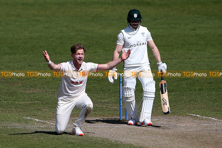 Sam Cook of Essex appeals for the wicket of Ben Cox during Worcestershire CCC vs Essex CCC, LV Insurance County Championship Group 1 Cricket at New Road on 2nd May 2021