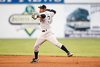 August 15, 2009:  Second Baseman Emerson Landoni of the Staten Island Yankees during a game at Dwyer Stadium in Batavia, NY.  Staten Island is the Short-Season Class-A affiliate of the New York Yankees.  Photo By Mike Janes/Four Seam Images