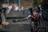dirty vs clean high five with Sophie De Boer (NED/Breepark) after finishing<br /> <br /> Women's race<br /> Superprestige Gavere / Belgium 2017