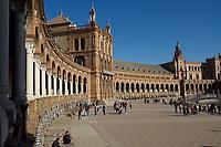 Cedez_Plaza-de-España_Seviile_Spain-2019
