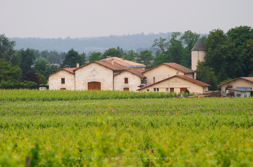 Unknown winery in St Emilion (seen from in front of Petit Village in Pomerol, but probably in St Emilion) Bordeaux Gironde Aquitaine France