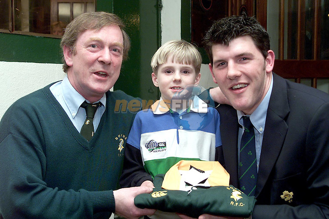Mick Quinn, Youth Coordinator and Chairman Youths Committee and David DeLoughry making a presentation to Shane Horgan at the celebration night for Shane in Shamrock Lodge..Picture Paul Mohan Newsfile