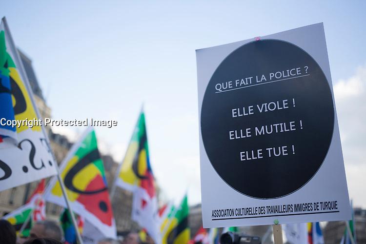 RASSEMBLEMENT 'AVEC THEO ET LES AUTRES VICTIMES' ET CONTRE LES VIOLENCES POLICIERES, LE 18 FEVRIER 2017 A PARIS.