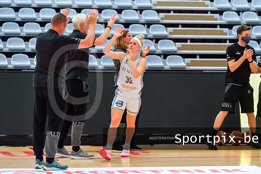 Julie Vanloo (35) of Belgium pictured before a basketball game between the national teams of Belgium , called the Belgian Cats , and Serbia on Friday 28 th of May 2021 in Kortrijk , Belgium . PHOTO SPORTPIX.BE | SPP | STIJN AUDOOREN