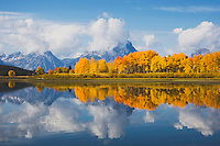 Oxbow Bend at sunrise, Snake River, Grand Teton NP,Wyoming, USA