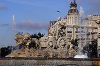 Europe/Espagne/Castille/Madrid : Place de Cibeles - Statue de Cibeles la déesse de la Terre dressée sur la place au XVIII°