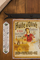 Europe/France/Provence-Alpes-Côte d'Azur/Alpes-Maritimes/Nice: Huile d'Olive: Nicolas Alziari - Le Moulin à Huile  au 318 Bd de la Madeleine  // Europe, France, Provence-Alpes-Côte d'Azur, Alpes-Maritimes, Nice: Olive Oil: Nicolas Alziari - The Oil Mill