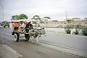 Irak 2000.Un marchand ambulant dans les rues d'Erbil.Iraq 2000.Hawker in Erbil's street