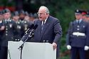 Helmut Kohl bei der Verabschiedung der westlichen alliierten Streitkräfte aus Deutschland. Berlin, 08.09.1994