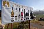 Myanmar, (Burma), Shan State, near Nyaung Shwe: Red Mountain Estate winery | Myanmar (Birma), Shan Staat, bei Nyaung Shwe: Werbeplakat des Red Mountain Estate Weinguts