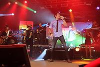 SÃO PAULO, SP, 02 DE DEZEMBRO 2011 - SHOW GUSTTAVO LIMA - Show do cantor revelação de sertanejo universitario, Guttavo Lima na noite dessa quinta-feira, 01 no Vila Coutry região oeste da capital paulista. FOTO: MILENE CARDOSO - NEWS FREE.