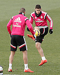 Real Madrid's Karim Benzema (l) and James Rodriguez during training session.January 30,2015.(ALTERPHOTOS/Acero)
