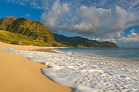 Yokohama Bay (Keawaula) Beach, at the end of the road on Oahu's West Side
