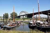 Nederland  Nijmegen  - September 2020 .   De Waalbrug. De Lindenberghaven.   Foto : ANP/ Hollandse Hoogte / Berlinda van Dam