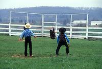 AJ1129, Amish, baseball, Pennsylvania, Lancaster County, Amish children playing baseball game on sunday in Pennsylvania Dutch Country.