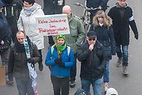 """Mehrere hundert Menschen protestierten am Samstag den 22. Februar 2020 im brandenburgischen Erkner gegen den Bau der Tesla-Gigafactory gegen geplante Tesla-Gigafactory in Gruenheide.<br /> Sie forderten """"schadstofffreies und ausreichendes Trinkwasser, den Erhalt unserer Landschaft und Schutzgebiete, saubere Luft, den Schutz vor der Zunahme von Verkehrslaerm"""" und dass """"Gruenheide und Umgebung auch in Zukunft als Naherholungsgebiet erhalten bleiben soll."""" """"Ein von Seen und Fluessen durchzogenes Waldgebiet ist der falsche Standort für eine<br /> Industrieansiedlung"""", so die Organisatoren der Demonstration.<br /> 22.2.2020, Erkner<br /> Copyright: Christian-Ditsch.de<br /> [NUR FUER REDAKTIONELLE ZWECKE! Werbung nur auf Anfrage beim Fotografen. Inhaltsveraendernde Manipulation des Fotos nur nach ausdruecklicher Genehmigung des Fotografen. Vereinbarungen ueber Abtretung von Persoenlichkeitsrechten/Model Release der abgebildeten Person/Personen liegen nicht vor. NO MODEL RELEASE! Don't publish without copyright Christian-Ditsch.de, Veroeffentlichung nur mit Fotografennennung, sowie gegen Honorar, MwSt. und Beleg. Konto: I N G - D i B a, IBAN DE58500105175400192269, BIC INGDDEFFXXX, Kontakt: post@christian-ditsch.de<br /> Bei der Bearbeitung der Dateiinformationen darf die Urheberkennzeichnung in den EXIF- und  IPTC-Daten nicht entfernt werden, diese sind in digitalen Medien nach §95c UrhG rechtlich geschuetzt. Der Urhebervermerk wird gemaess §13 UrhG verlangt.]"""