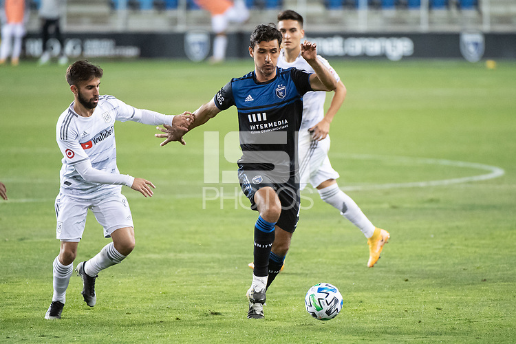 SAN JOSE, CA - NOVEMBER 04: Diego Rossi #9 of the Los Angeles FC chases Oswaldo Alanis #4 of the San Jose Earthquakes during a game between Los Angeles FC and San Jose Earthquakes at Earthquakes Stadium on November 04, 2020 in San Jose, California.