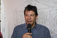 SÃO PAULO, SP, 17.10.2015- HADDAD-SP - Fernando Haddad (PT) prefeito de São Paulo durante ato de assinatura do contrato de repasse de recursos de emenda federal para as obras de restauro da Casa de Cultura Casarão Celso Garcia , no bairro do Brás na região central da cidade de São Paulo nesta sábado, 17. (Foto: Marcos Moraes / Brazil Photo Press)