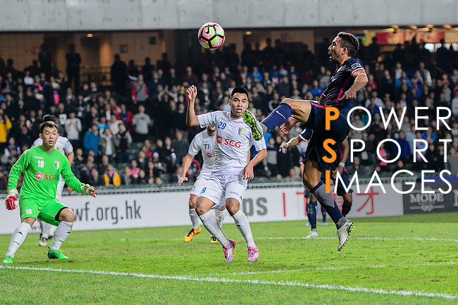 FC Kitchee Midfielder Fernando Augusto (r) attempts for a kick during the AFC Champions League 2017 Preliminary Stage match between  Kitchee SC (HKG) vs Hanoi FC (VIE) at the Hong Kong Stadium on 25 January 2017 in Hong Kong, Hong Kong. Photo by Marcio Rodrigo Machado/Power Sport Images