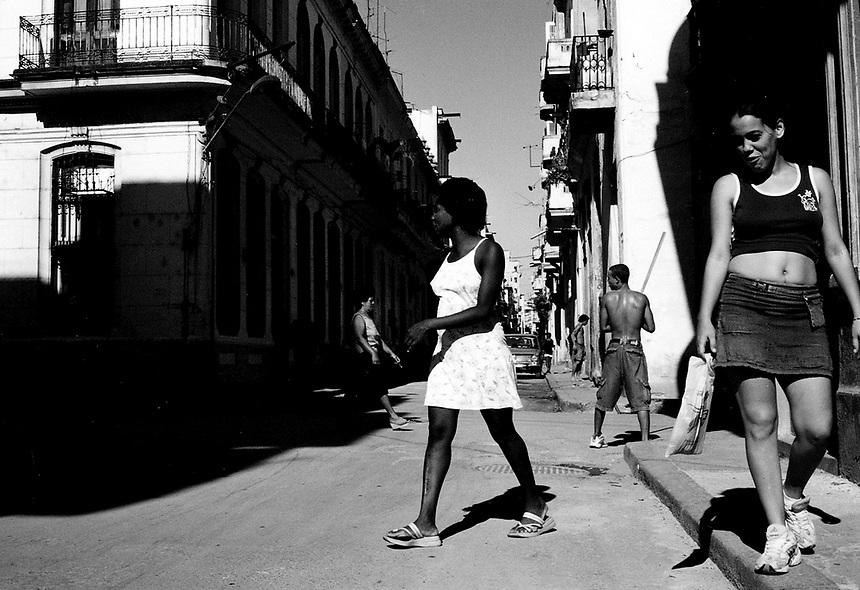 A street scene near the Malecón in Havana. MARK TAYLOR GALLERY