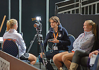 Februari 04, 2015, Apeldoorn, Omnisport, Fed Cup, Netherlands-Slovakia, Training Dutch team, interview tennis tv<br /> Photo: Tennisimages/Henk Koster