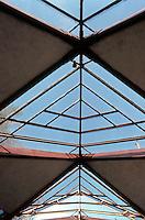 Lloyd Wright: Wayfarer's Chapel. Ceiling.  Photo '82.