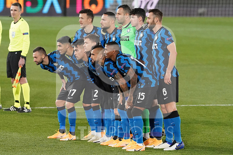 Football Club Internazionale Milano's Samir Handanovic, Achraf Hakimi, Stefan de Vrij, Lautaro Martinez, Ivan Perisic, Ashley Young, Arturo Vidal, Nicolo Barella, Danilo D'Ambrosio, Marcelo Brozovic and Alessandro Bastoni during UEFA Champions League match. November 3,2020.(ALTERPHOTOS/Acero)