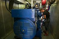 CROATIA, Slavonia, biogas plant / KROATIEN, Slawonien, Biogasanlage der Firma Bioplin Proizvodnja d.o.o. in Medinci bei Slatina, Service BHKW