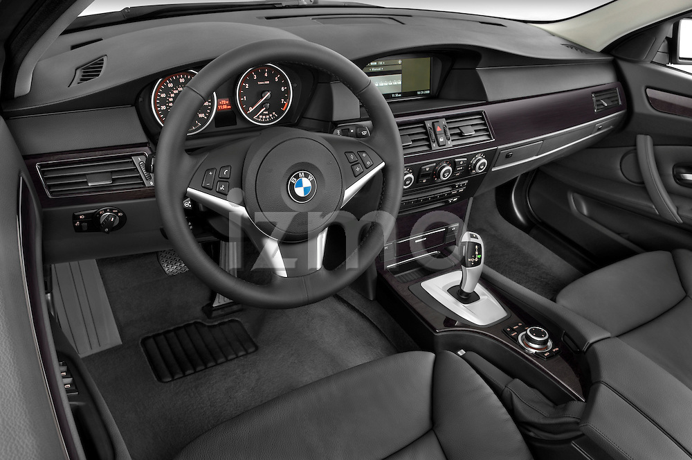 High angle dashboard view of a 2009 BMW 5 Series 528