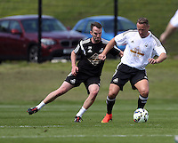 Pictured L-R: Johnny Northeast and Lee Trundle Thursday 21 May 2015<br />