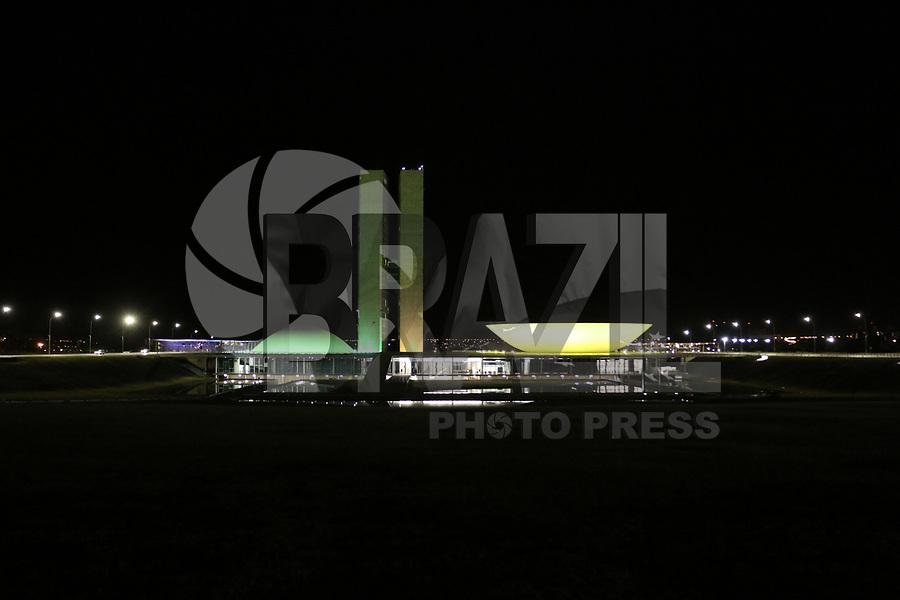 BRASÍLIA, DF, 01.07.2019 - POLÍTICA-DF - Congresso Nacional visto na noite desta segunda-feira, 1. ( Foto Charles Sholl/Brazil Photo Press)