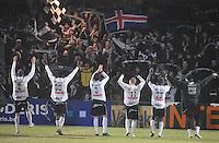 KSV Roeselare - KV Kortrijk..de spelers van Roeselare vieren de kwalificatie met hun supporters..foto VDB / BART VANDENBROUCKE