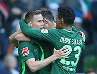 15.04.2018, Football 1. Bundesliga 2017/2018, 30.  match day, SV Werder Bremen - RB Leipzig, Weserstadium Bremen. celebration  scorer Niklas Moisander (Werder Bremen) , Marco Friedl (Werder Bremen) and Theodor Gebre Selassie (Werder Bremen) and   1:0 *** Local Caption *** © pixathlon<br /> <br /> Contact: +49-40-22 63 02 60 , info@pixathlon.de
