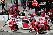 Ryan Preece, Joe Gibbs Racing, Toyota Camry Rheem pit stop