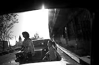 "Nagorny-Karabach, 20.05.2011, Shushi. Morgendliche Straflenszene aus einem Auto fotografiert. ""The Twentieth Spring"" - ein Portrait der s¸dkaukasischen Stadt Schuschi, 20 Jahre nach der Eroberung der Stadt durch armenische K?mpfer 1992 im B¸gerkrieg um die Unabh?ngigkeit Nagorny-Karabachs (1991-1994). Street scene Shushi shooted out of a car. ""The Twentieth Spring"" - A portrait of Shushi, a south caucasian town 20 years after its ""Liberation"" by armenian fighters during the civil war for independence of Nagorny-Karabakh (1991-1994). .Scène de rue Chouchi prise d'une voiture. ""Le Vingtieme Anniversaire"" - Un portrait de Chouchi, une ville du Caucase du Sud 20 ans après sa «libération» par les combattants arméniens pendant la guerre civile pour l'indépendance du Haut-Karabakh (1991-1994)..© Timo Vogt/Est&Ost, NO MODEL RELEASE !!"