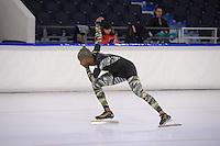 SCHAATSEN: HEERENVEEN: IJsstadion Thialf, 06-12-2016, ISU World Cup-training, Shani Davis (USA), ©foto Martin de Jong