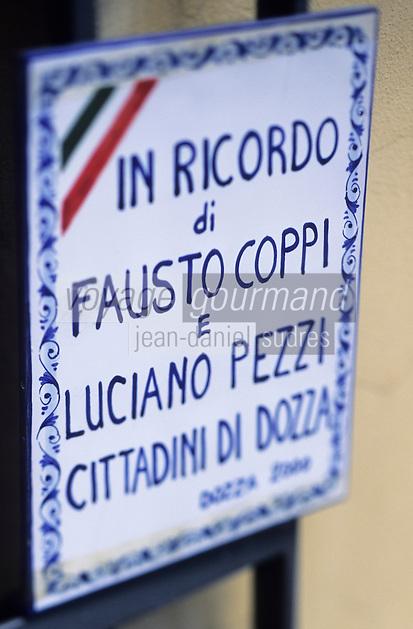 Europe/Italie/Emilie-Romagne/Dozza Imolese : Plaque en mémoire de Coppi