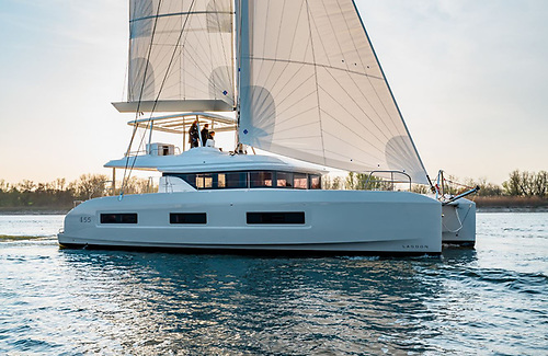 At first glance, the striking innovation on this new, just-launched Lagoon 55 is the aft area which has been totally redesigned