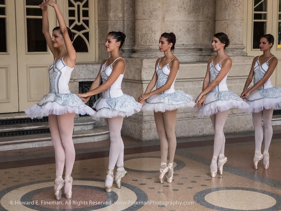 Ballerinas outside Grand Theatre of Havana