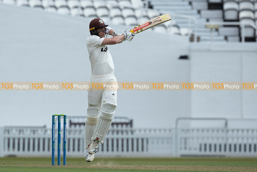 Jamie Smith, Surrey CCC pulls a short delivery during Surrey CCC vs Hampshire CCC, LV Insurance County Championship Group 2 Cricket at the Kia Oval on 30th April 2021