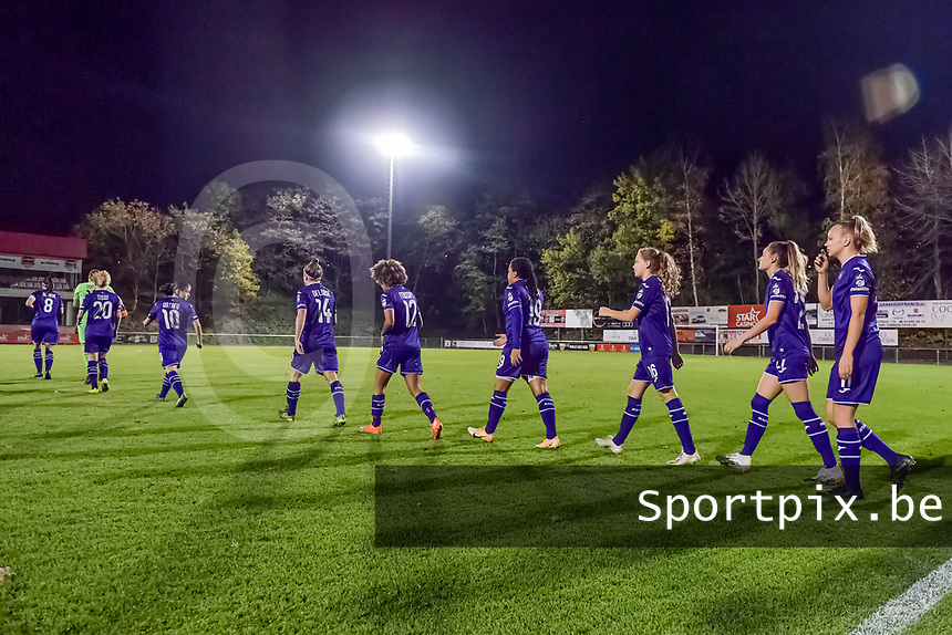 RSC Anderlecht entering the field before a female soccer game between RSC Anderlecht Dames and AA Gent Ladies on the seventh matchday of the 2020 - 2021 season of Belgian Womens Super League , friday 13 th of November 2020  in Overijse , Belgium . PHOTO SPORTPIX.BE | SPP | STIJN AUDOOREN
