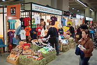 "Milano, ""Fa la cosa giusta"", fiera nazionale del consumo critico e degli stili di vita sostenibili --- Milan, ""Do the right thing"", national fair of critical consumption and sustainable styles of life"