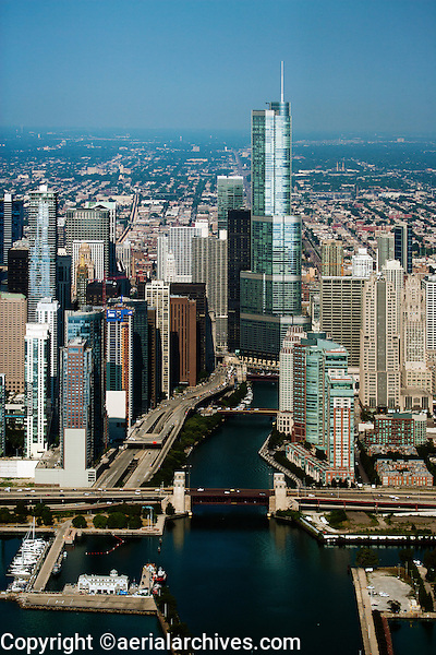aerial photograph Chicago river, downtown Chicago, Illinois