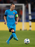 Calcio, Champions League, Gruppo E: Roma vs Barcellona. Roma, stadio Olimpico, 16 settembre 2015.<br /> FC Barcelona's Andres Iniesta in action during a Champions League, Group E football match between Roma and FC Barcelona, at Rome's Olympic stadium, 16 September 2015.<br /> UPDATE IMAGES PRESS/Riccardo De Luca<br /> <br /> *** ITALY AND GERMANY OUT ***