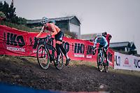 Denise Betsema (NED/Marlux-Bingoal) holding off Sanne Cant (BEL) (for now...)<br /> <br /> Women's Elite race<br /> <br /> UCI 2019 Cyclocross World Championships<br /> Bogense / Denmark<br /> <br /> ©kramon
