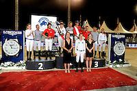 La Princesse Caroline de Hanovre et sa fille, Charlotte Casiraghi posent avec les gagnants du Longines proAm Cup Monaco, l'Èquipe Monaco Aces, suive par CTM Premium Mares, et e l'Èquipe media Plus, dans le cadre du Jumping International de Monte Carlo 2016 le 24 juin 2016.