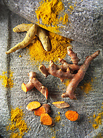 Fresh and powdered turmeric  or tumeric root (Curcuma longa)