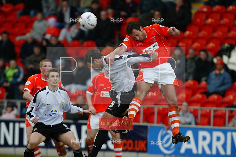06/03/2004 Blackpool v Port Vale ..pic  © Phill Heywood.tel 07806 775649